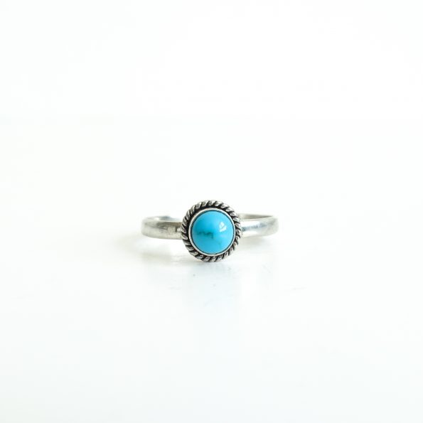 Turquoise round detail gemstone blue green silver